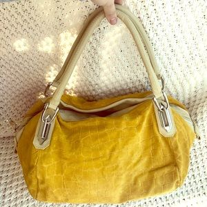 Innue Italian Leather Large Duffle - Marigold